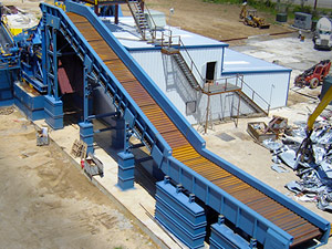 Conveyors - D4 Cat Track | Steel Belt Infeed